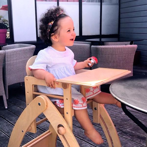 La chaise dada - Chaise haute en extérieur